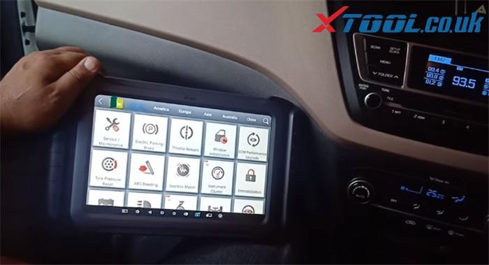 X100 Pad3 Hyundai I20 Elite Odometer 1