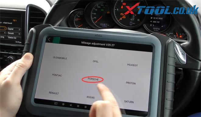 Xtool A80 Pro Change Mileage Porsche Cayenne 3