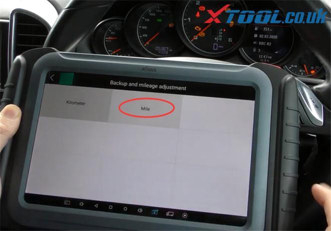 Xtool A80 Pro Change Mileage Porsche Cayenne 6
